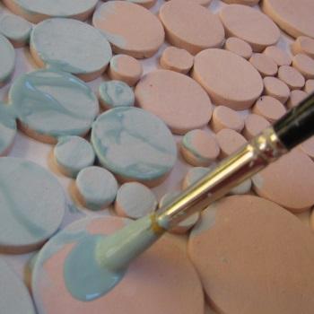 Glazing circle tiles